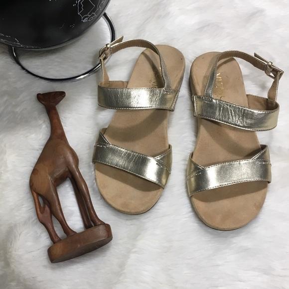 a4751b000956 Bionic Orthaheel Leather Sandals wBackstrap Havana.  M 5a6491e79d20f006ecec39fd